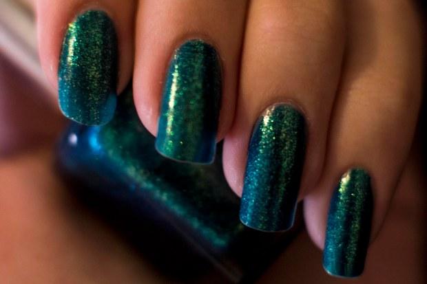 This nail polish makes my hands feel like mermaids!