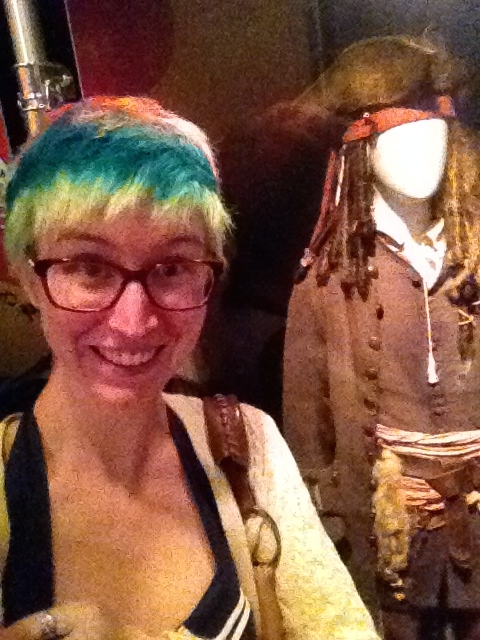 captain jack sparrow selfie at the museum of science and industry